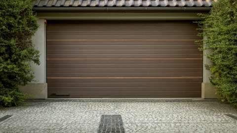 Automatic gates / Garage doors